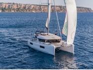 Kroatische Küste und Inseln mit einem Katamaran erkunden