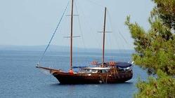Mit einem Segelschiff Kvarner Bucht ab Rijeka erkunden.