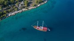 Mit einem Gulet Dalmatien ab Split erkunden.